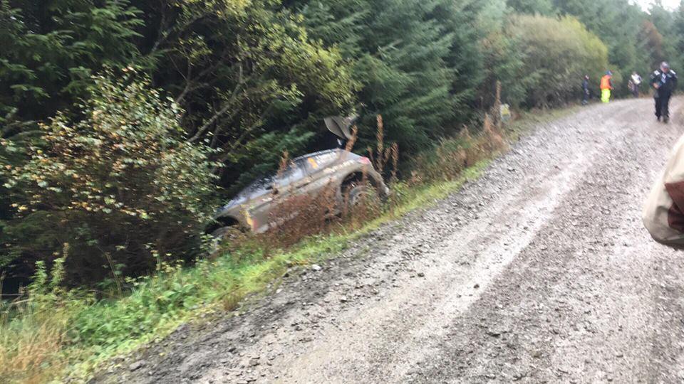 Rally Gales 2018 - Página 2 43469_43145682_2263582653670045_6766781044260601856_n